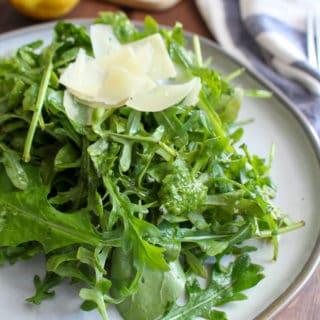 Arugula Salad with Lemon Basil Dressing | www.frugalnutrition.com