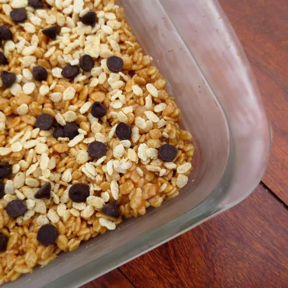 Peanut Butter Honey Brown Rice Crispy Treats With Chocolate