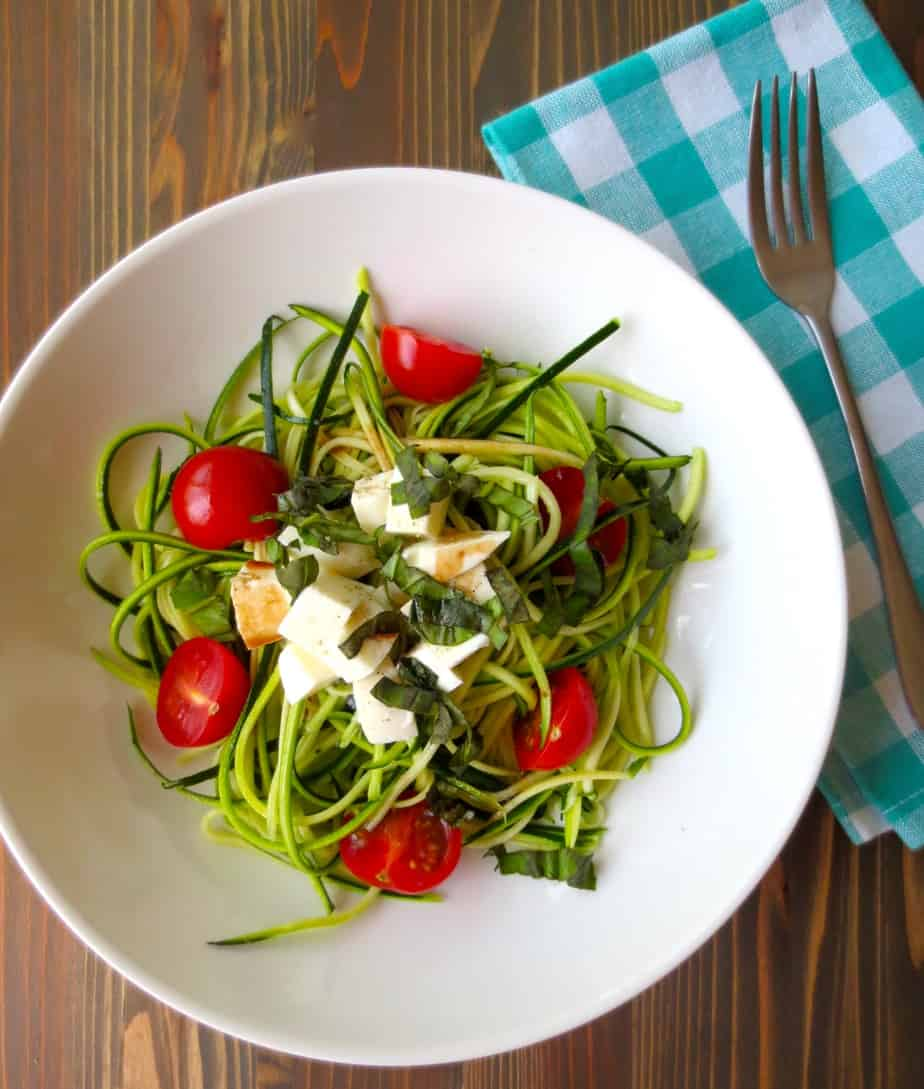Summer Caprese Salad With Zucchini Noodles