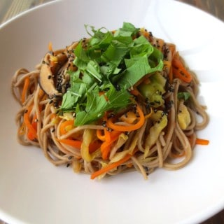 Vegetarian Japanese Yakisoba | Frugal Nutrition #easy #dinner