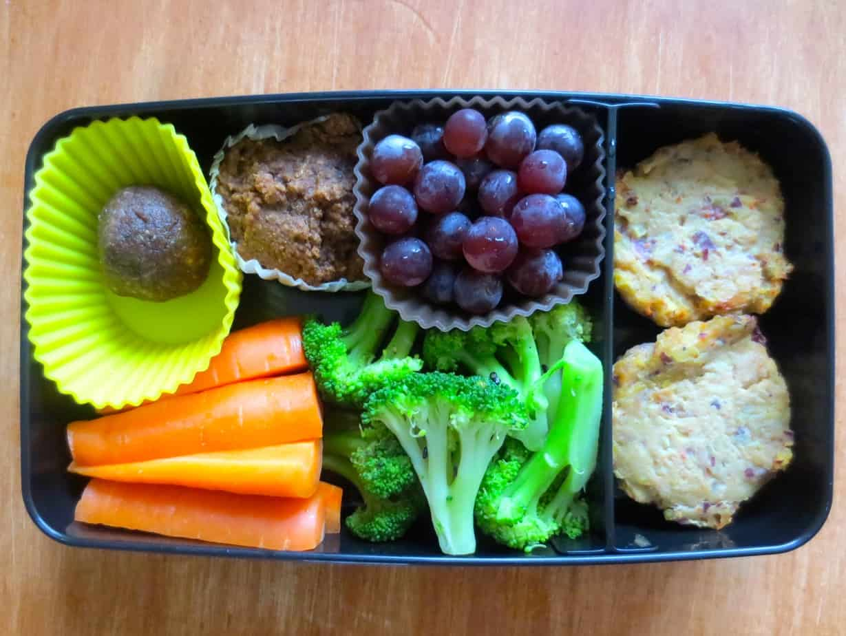 Spicy Tuna Cakes Bento with Steamed Broccoli, Mini Muffin, PB Coconut Bite, Grapes