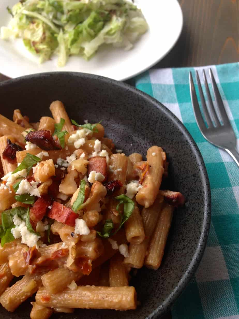 One-Pot Pasta: bacon, bleu cheese, sun-dried tomatoes
