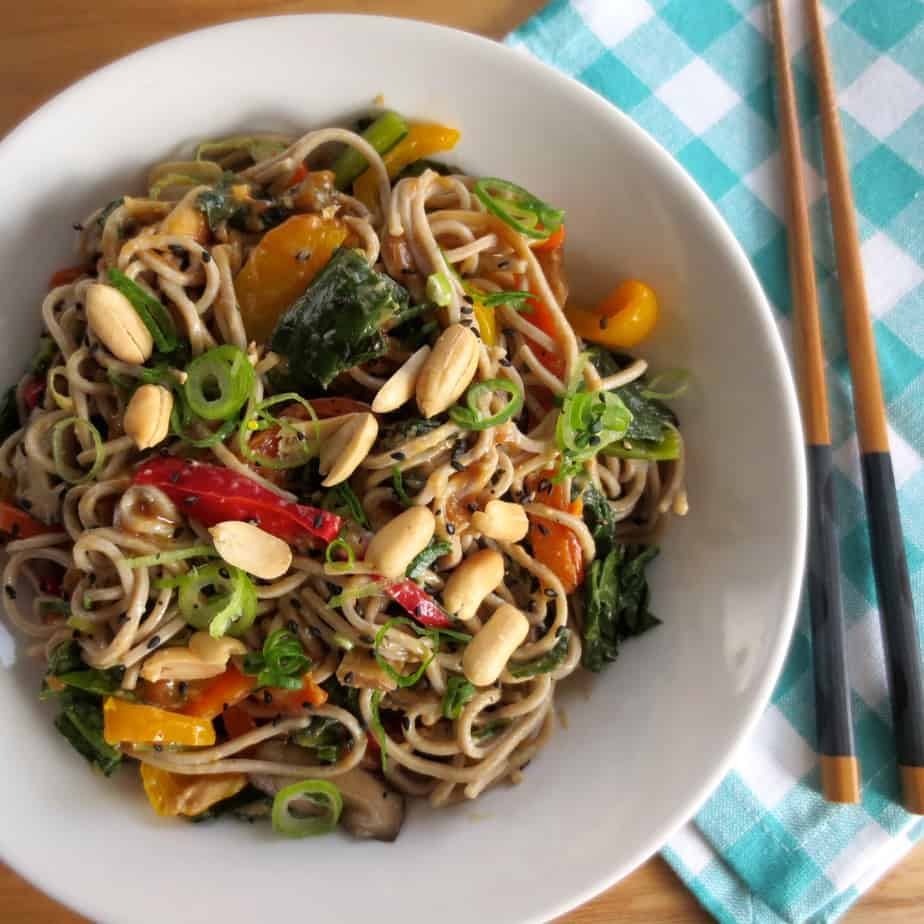 Soba Noodles & Veggies with Peanut Sauce