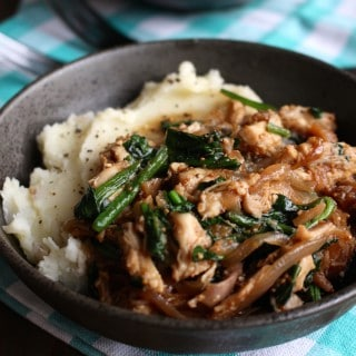 #easydinner Shredded Chicken with Dried Figs, Onions, Spinach, and Mashed Potatoes | Frugal Nutrition