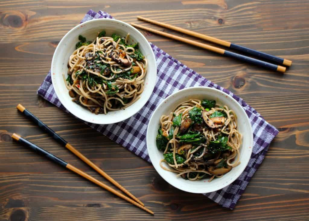Kale & Soba with Garlic Butter Mushrooms #easydinner #vegetarian | Frugal Nutrition
