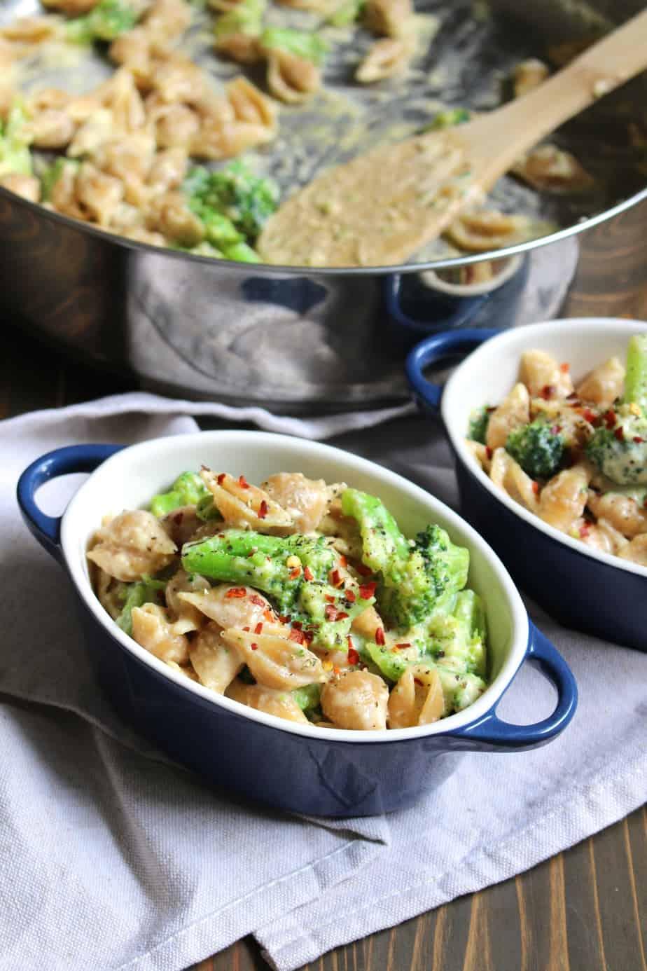 One Pot Broccoli Mac & Cheese | FrugalNutrition.com