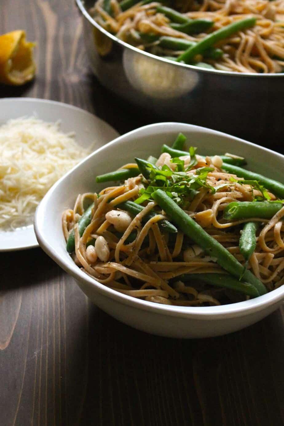 Lemon Garlic Linguine with Green Beans | FrugalNutrition