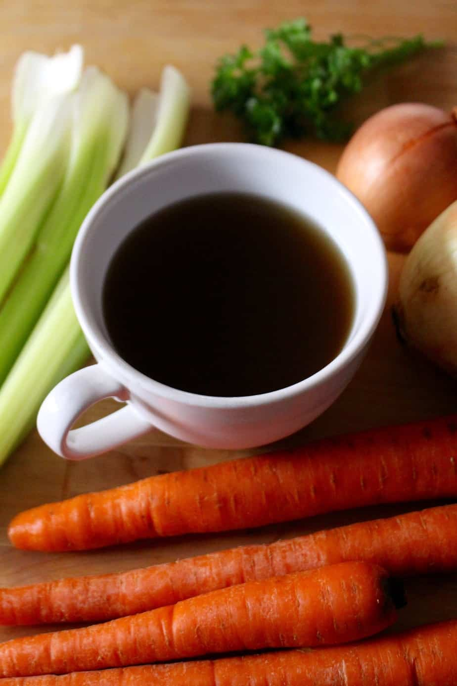 Homemade Nourishing Vegetable Broth